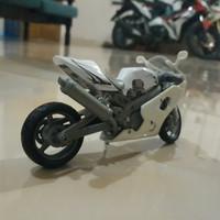 Diecast Motor Suzuki