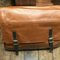 Fossil Defender Messenger Man - tas laptop pria warna cognac