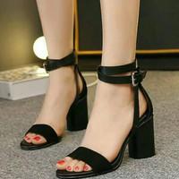 Sepatu High Heels Wanita