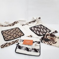 Dompet Lipat Dengan Tas Berbahan Batik