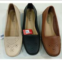 sz 36-40 Flatshoes Lubang2 Dpn merk FLADEO