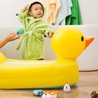 Munchkin Inflatable Duck Tub/kolam bebek munchkin/bak mandi bayi