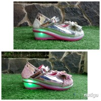 Isabel Sepatu Sandal Wedges LED Anak Perempuan Cantik