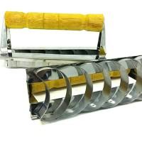 Cetakan Kue Putri Salju Bentuk Bulan Sabit Stainless Steel