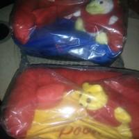 Tempat tissue mobil / kotak tisu mobil boneka import