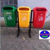 Bak Tempat Sampah Fiberglass Jenis Oval