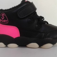 sepatu anak boots