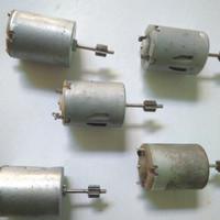 Dinamo Mini Motor Mainan DC 9v plus gear metal shaft panjang