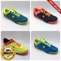 O-Outdoor Sepatu Futsal Vegeto
