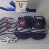 Mitten Carter-Kaos Kaki plus sarung tangan motif Base ball