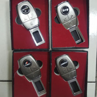 Colokan Safety Belt Safetybelt Seatbelt 2 In 1 Mobil Mazda 2