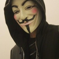 Topeng Anonymous tlk