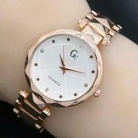 Jam tangan Gucci kw super elegan