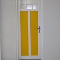 Pintu aluminium kaca ornamen