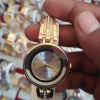 Jam tangan gucci