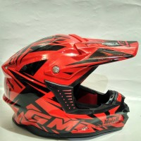 barang bagus. helm GM cross. full face. standart SNI