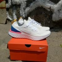 Sepatu Nike Epic React Flyknit White/White Blue Pink