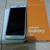 Samsung galaxy J7 2016 Putih