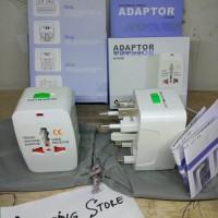 Adaptor International Universal Travel Adapter Colokan Steker Listrik