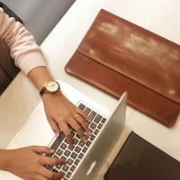 case laptop kulit asli bisa custom ukuran sesuai jenis laptop