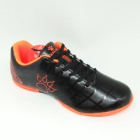Sepatu futsal / putsal footsal Junior Kelme Original Star 9 JR black