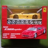 Diecast maisto kit 1:24 - Ferrari F355 Spider Kuning