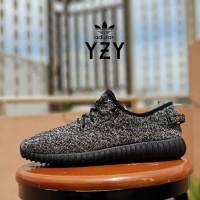 sepatu sneaker adidas yeezy boost 350 premium black grey / casual pria