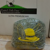 Alfafa hay by rabbit hole hay / makanan kelinci repack 1 kg