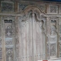 Gebyok Pintu Ukir Bali 2M Tinggi 2,5M