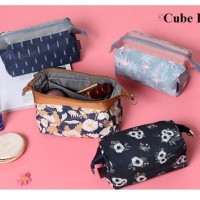 Charming Water Resistant Cosmetic Cube Pouch Bag / Tas dompet Kosmetik