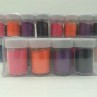 Glitter bubuk berbagai warna
