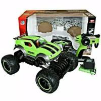 Mainan mobil off-road 4X4 rock crawler