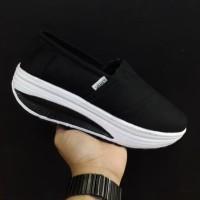 Sepatu Vans Slip On wedges women sepatu slip on wanita