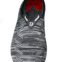 Sepatu Slip On / Sneakers Wedges Sodalite SD63-12 Hitam