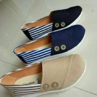 Grosir sepatu wedges murah / ecer sport / kets / casual flat shoes