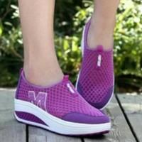 Grosir sepatu wedges M wanita murah/ecer baru sport/kets/casual ungu