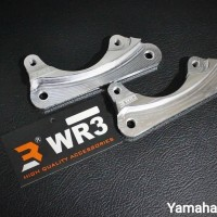 BRACKET KALIPER BREMBO 2Piston 1Pin Yamaha Nmax