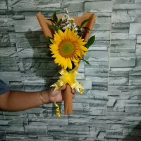 buket bunga matahari | bucket wisuda | hand bouquet