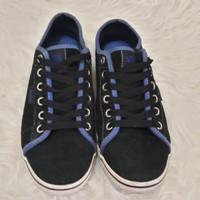 Sepatu Kets VANS Preloved