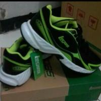 Sepatu olahraga pso hijau persit legas seri ark
