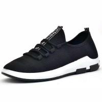 Sepatu Sneakers Pria New Arrival Sepatu Korea slip on Cowok olahraga