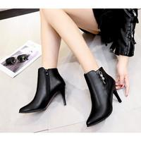 SHB8012-black Sepatu Ankle Boots Wanita Elegan 9CM
