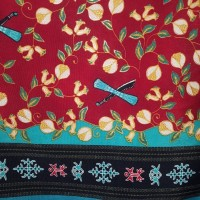 kain Batik Ambon Pala cengkeh merah maron