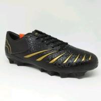 Sepatu bola ortuseight blitz fg black gold