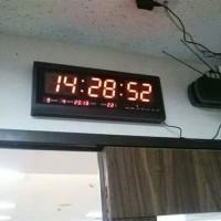 Jam Dinding Digital 4819 Hotai