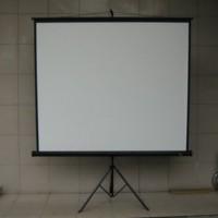 Layar Proyektor dengan Tripod Screen Projektor 70