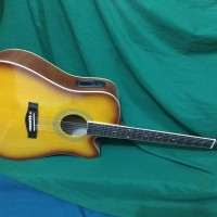 Gitar akustik elektrik eq7544