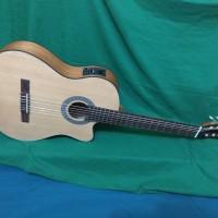 Gitar Akustik elektrik tuner clasic nilon