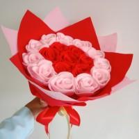 Buket mawar flanel/ buket wisuda/ hadiah ultah, anniversary, valentine