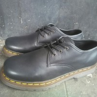 Sepatu Dr Martens Docmart Black 4 Hole LEATHER Original Handmade
